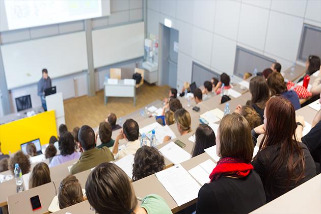 专业盘点:适合女生报考的十大热门专业